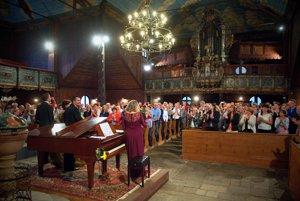 Atmosféra počas štvrtého ročníka benefičného koncertu Operné gala v Kežmarku.