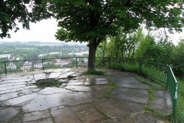 Vyhliadka na Mariánskom vŕšku v Prievidzi.