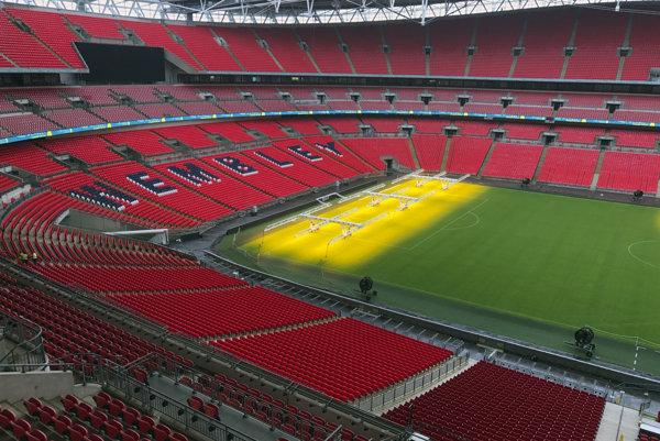 Prázdne Wembley.