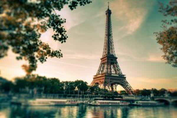 Paríž.