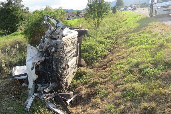 Vodič dodávky zraneniam podľahol.