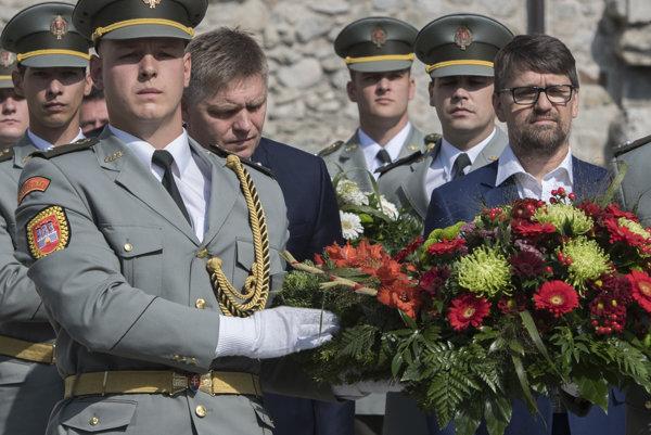 Robert Fico a Marek Maďarič.