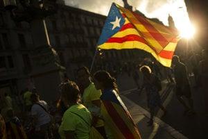 Katalánci chcú o nezávislosti rozhodovať už 1. októbra.