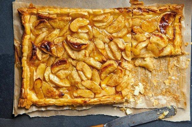 Rustikálny jablkový koláč