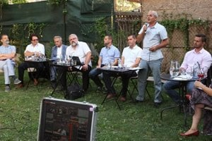Diskusia kandidátov na banskobystrického župana.