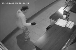 Zlodeja na záberoch z kamery vidno veľmi dobre.