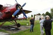 Organizátor Silvio Veselský tu má umiestnené lietadlo.