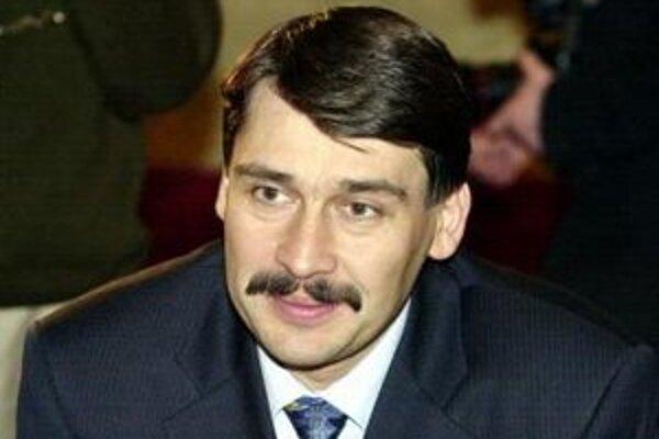 Budúci prezident János Áder na archívnom zábere z roku 2000.