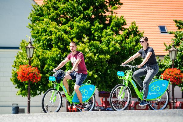 Verejné bicykle už používajú v Nitre.