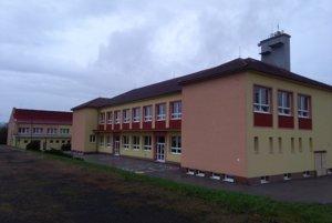Škola v Dobrej Nive.