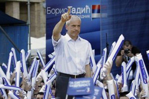 Prezident Boris Tadič bude o znovuzvolenie bojovať v druhom kole.