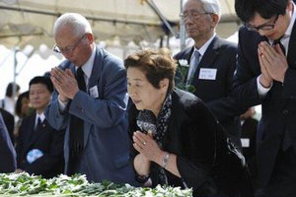 Pripomienka obetí bojov z Druhej svetovej vojny v Japonsku.