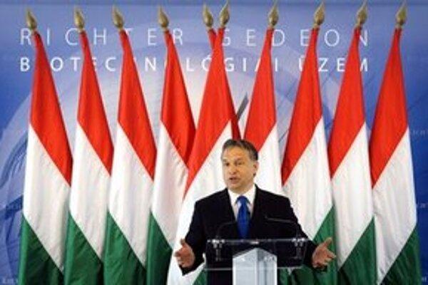 Orbánova vláda ustúpila tlaku Európy.