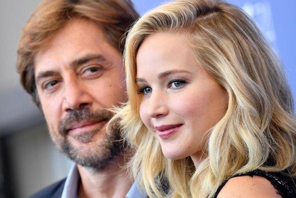 Jennifer Lawrence s Javierom Bardemom v Benátkach.