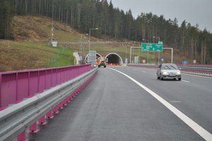 Uzavretý bude aj tunel Bôrik.