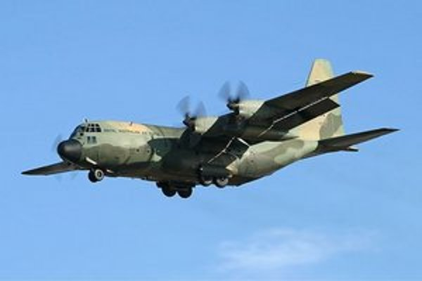 Lockheed C-130.