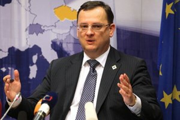 Vláda Petra Nečasa sa odmietla pripojiť k fiškálnej únii.