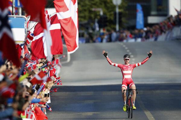 Julius Johansen sa raduje z víťazstva.