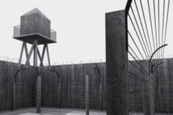Na Karlovom námestí vyrastie atrapa koncentračného tábora aj so známym nápisom na bráne.