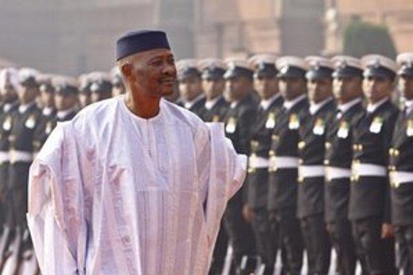 Odchádzajúci prezident Amadou Toumani Touré.