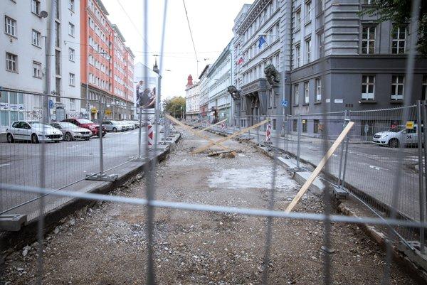 Električková trať na Špitálskej ulici v bratislavskom Starom Meste.