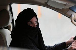 Saudská Arábia dovolí ženám šoférovať.
