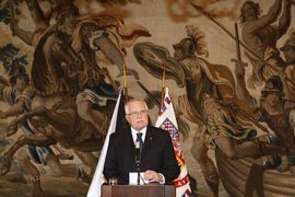 Václav Klaus si nemyslí, že schváliť priamu voľbu prezidenta bol dobrý krok.