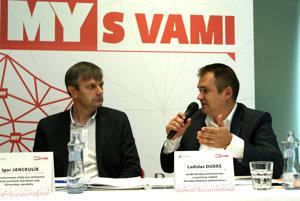 Igor Janckulík (vľavo), splnomocnenec vlády pre rýchlostné cesty, poslanec NR SR Ladislav Dudáš, podpredseda predstavenstva a investičný riaditeľ, Národná diaľničná spoločnosť, a.s.