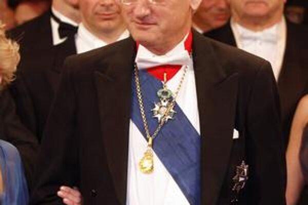 Švédsky šéf diplomacie bol nedávno na viedenskom Opernballe.