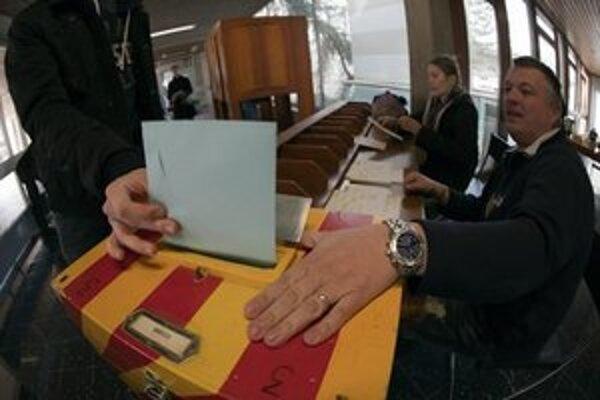 Hlasovanie v meste Carouge.