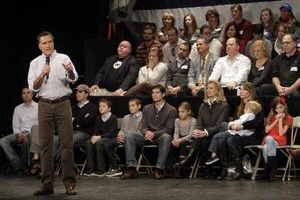 Mitt Romney počas debaty.