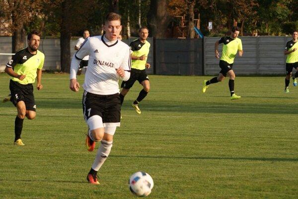 Futbalisti Jacoviec prehrali na ihrisku v Alekšinciach 1:2.