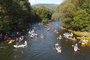 Štart v Malej Lodine. Košický vodácky maratón prilákal 150 vodákov.