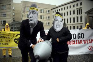 Aktivisti za zákaz jadrových zbraní.