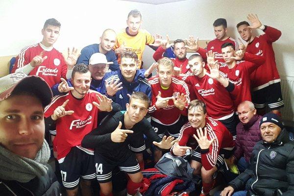 Alekšinčania vyhrali 7:1 vo Výčapoch-Opatovciach.