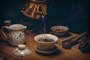 Optimálna denná dávka zeleného čaju začína tromi šálkami.