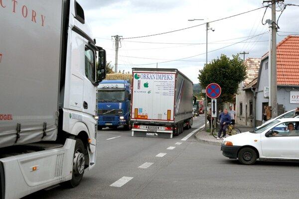 Takto to vyzerá na ceste v Krupine.