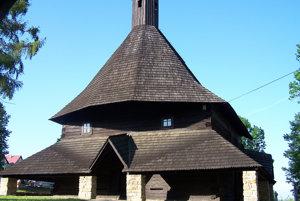 Drevený gotický kostolík vTvrdošíne.