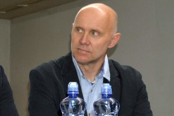 Snižšími súťažami vzámorí má skúsenosti. Jerguš Bača je aktuálne asistent trénera vHC Košice.