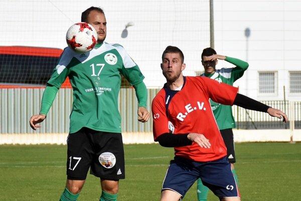 V zápase V. Meder - H. Obdokovce gól nepadol.