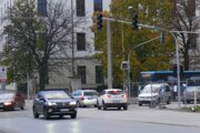 Dopravu na križovatke ulíc Mudroňova, Francisciho, Bernoláková a Kohútova bude riadiť inteligentná svetelná signalizácia.