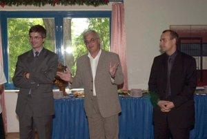 Peter Vajda na tlačovej konferencii, na ktorej oznámili vznik vydavateľstva Petit Press v roku 2000.