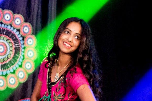 Hlavným hosťom bude krásna, mladá a talentovaná indická tanečnica Rashee.