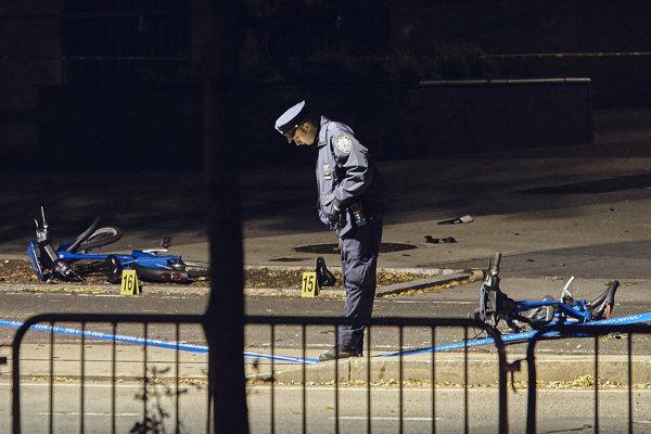 Útočník zrážal dodávkou ľudí na cyklistickom chodníku.