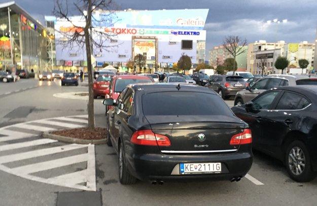 Mestská limuzína. V luxusnom aute sa v roku 2013 vozil primátor Košíc.