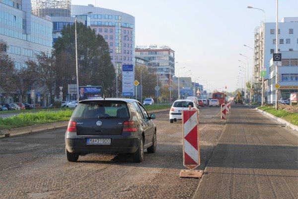 Rekonštrukcia vozovky na Panónskej ceste.