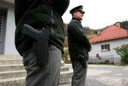 Polícia dnes zabezpečuje zvýšený dohľad v celom kraji.