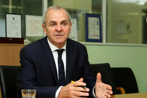 Úspešný kandidát na post banskobystrického župana Ján Lunter.