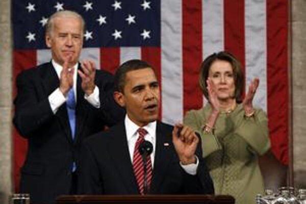 Obama si to už nanečisto vyskúšal minulý rok. Krátko po inaugurácii mal prejav pred oboma komorami Kongresu. Oficiálne so správou o stave únie debutuje až dnes.