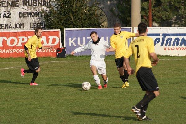 V Kuzmiciach brali tri body hostia zo Závady.